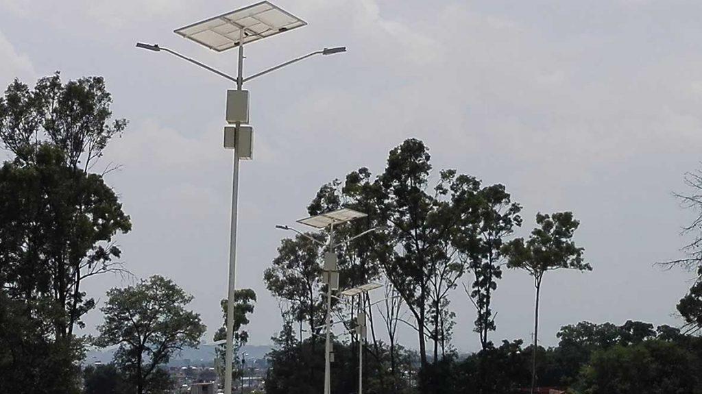 postes solares para ranchos 1