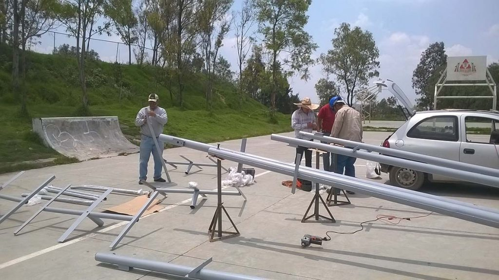 postes solares para ranchos 2