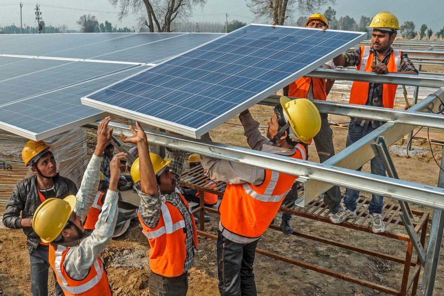 Cómo obtener un empleo en el mundo de la energía solar con engimia
